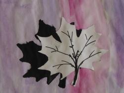 Herbstblatt mit Schatten_4